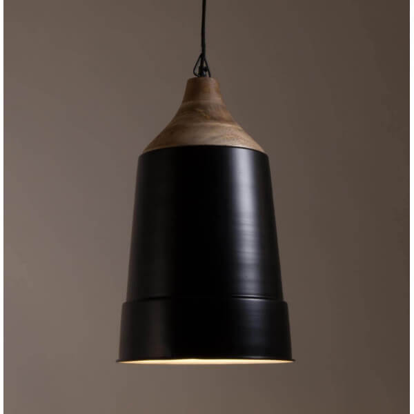 Lampe suspendue bois et acier noir for Lampe suspendue design