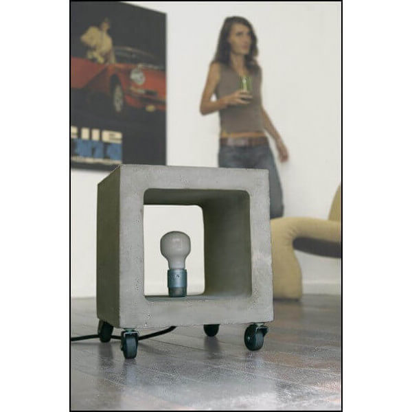 Concrete cubic Nomade lamp
