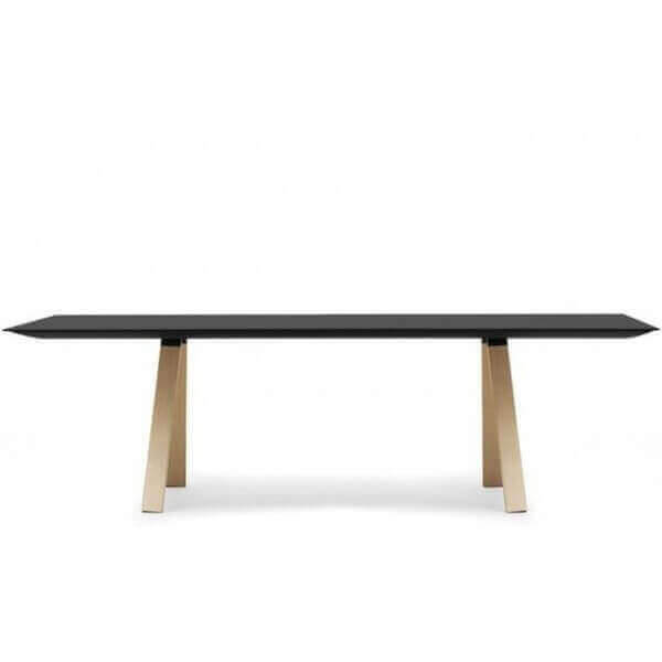 Table repas design arki pedrali for Table de repas design