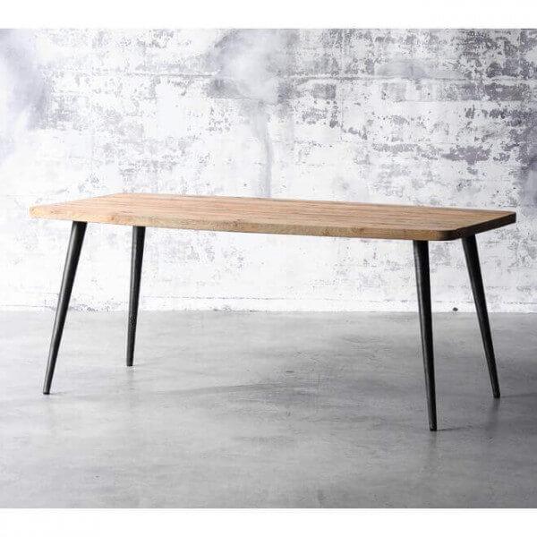 table de repas style loft nordique. Black Bedroom Furniture Sets. Home Design Ideas