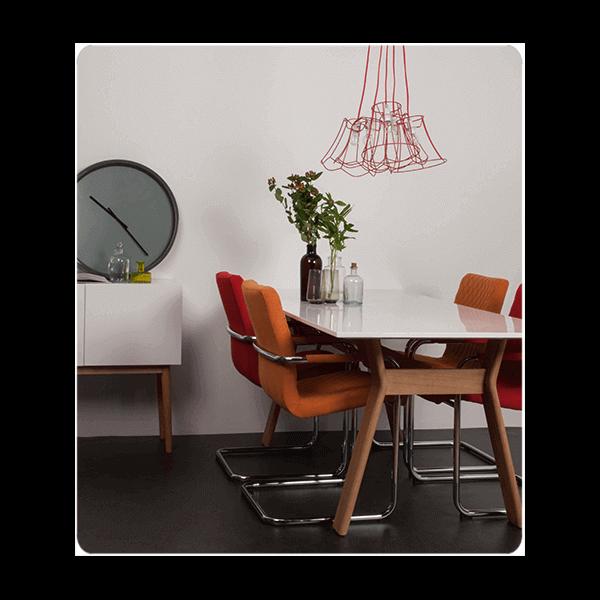 table de repas helsinki scandinave en ch ne laqu blanc. Black Bedroom Furniture Sets. Home Design Ideas
