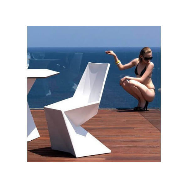 Vertex design chair