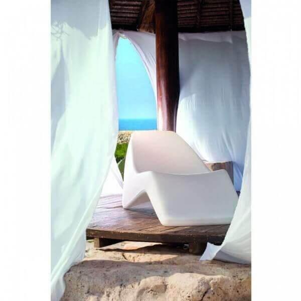 chaise longue design bain de soleil. Black Bedroom Furniture Sets. Home Design Ideas