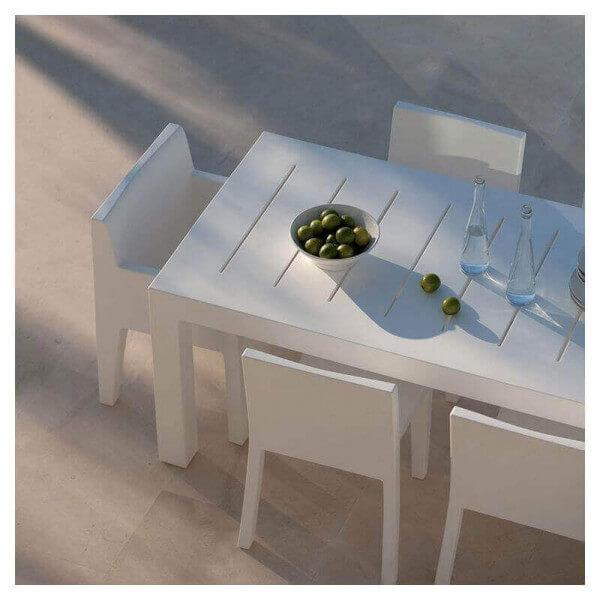 Table de repas et chaises design assorties mobilier for Ensemble repas exterieur