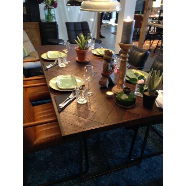 Table repas class dutchbone - Table de repas design italien ...