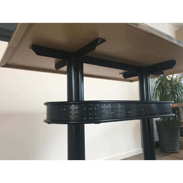 Industrial High Top Table: Industrial Heigh Dining Table Graffiti