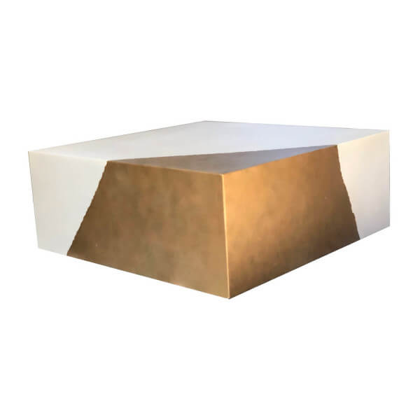 Table basse beton cube